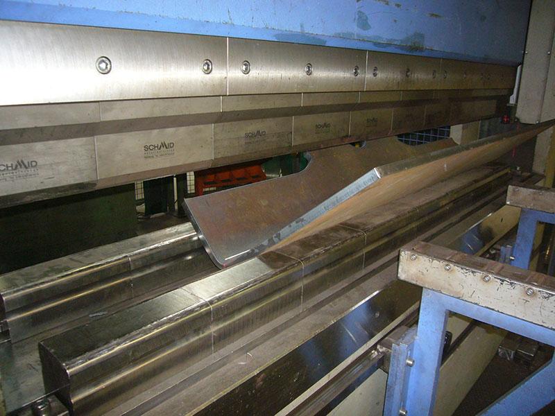 Hydraulische Pressen – Abkantpressen