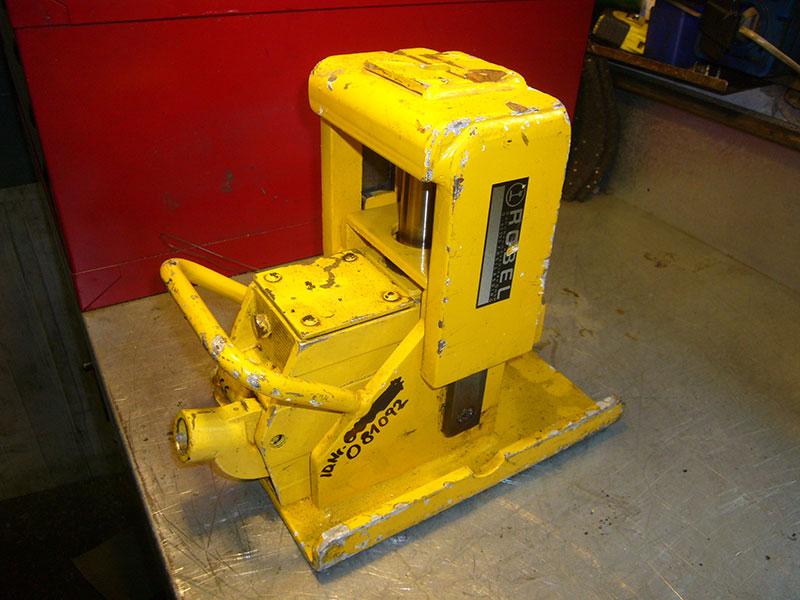 Hydraulik – Reparatur / Service hydraulischer Geräte